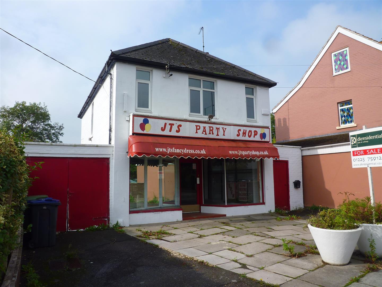3 Bedrooms Detached House for sale in Bradley Road, Trowbridge